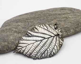 Leaf pendant, silver pendant, silver, handmade jewelry, jewelry craftsmanship, design modern, metal clay jewelry