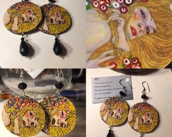 Pyrography wood earrings and watercolors with black crystals