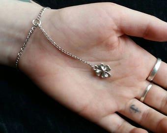 Simple four leaf clover bracelet