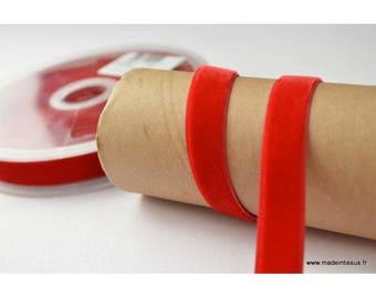 Ribbon red velvet, 16mm, per meter
