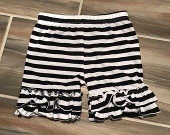 Double ruffle shorts