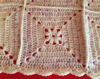 Crochet blanket - Baby blanket - Baby shower gift - Crochet White & Purple - Afghan Granny Square