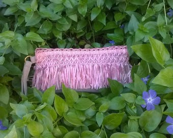 Portfolio pink fringed bag