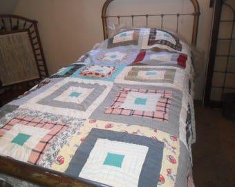 Vintage Quilt~74 x 63~Twin Size