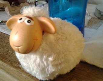 Kitchy Sheep with white material wool - 90's