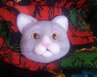 Needle felted cat brooch, cat brooch, felted brooch, cat, needle felted cat
