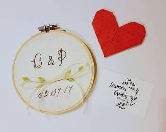 Circle embroidery initials ring holder