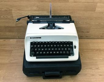 Vintage typewriter Working typewriter Chevron Japanese typewriter Portable typewriter Manual typewriter Home decor Office decor Gift idea
