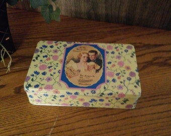 Vintage Whitman Tin Like New *