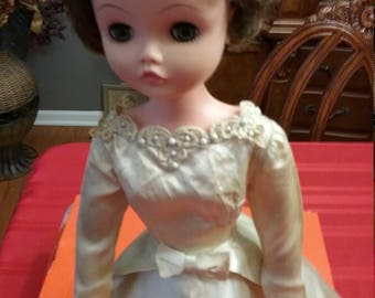 Bonnie bride doll 1964 Deluxe Reading Corp., 22""