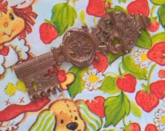Vintage Victorian Ornate Brass Key Stamping