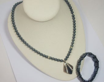Hematite Beaded Pendant Necklace & Bracelet (2785)