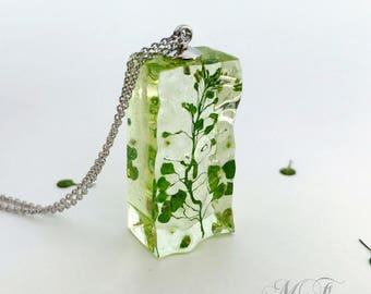 Pendant, plants in crystal clear epoxy resin, botanical jewelry, herbarium