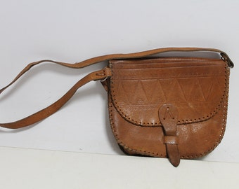 Vintage lady leather bag with long handle