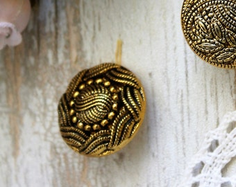 Vintage flower button style couture BOUT148 serious Golden cm - laminated metal button
