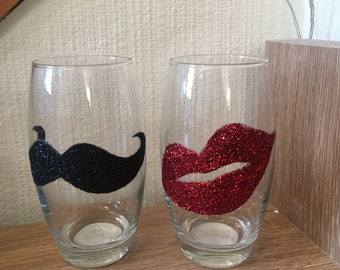Set of 2 funky lips and hipster moustache glasses