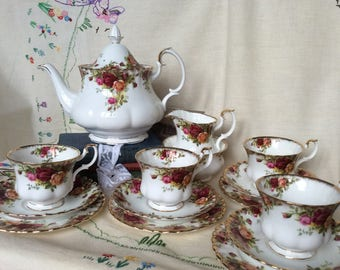2 1/4 pint Teapot Royal Albert Old country roses 21 piece Set-teapot, 6 teacup trios-milk jug-& sugar bowl-, gift for her, wedding,