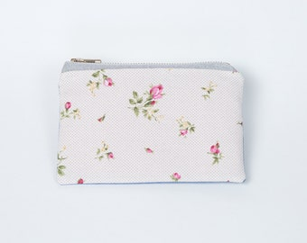 Little flower pouch pink blue white. Flower pouch. Tote. Wallet. Card holders. Kit. Range key. Case. Summer