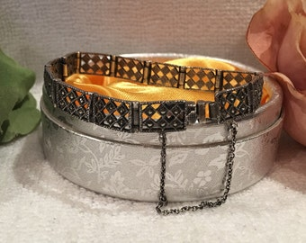 """Beautiful Vintage Sterling SILVER & MARCASITE Bracelet-With Geometric Diamond Cut Outs-Sparkles at every turn- 14.23 grams-18.5cm or 7.25"""""""