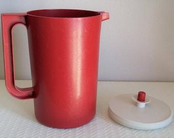 Vintage Brick Red 2 Quart Tupperware Pitcher, Vintage Tupperware, Vintage Kitchen, Tupperware Pitcher, Vintage Dishes