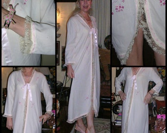 Vintage 1950's white voile peti-point pink floral embroidered handmade Victorian style proper ladies lounging gown size: medium