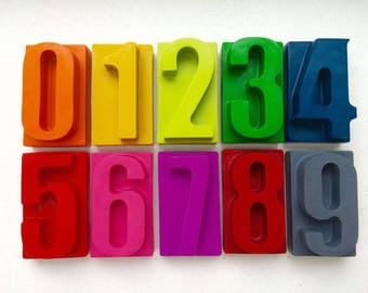 Chunky number crayons