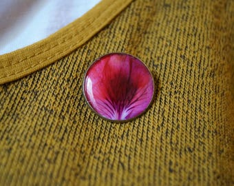 Geranium-leaf - resin jewelry brooch - flower jewelry