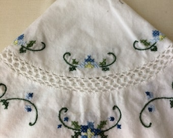 White tablecloth, cross stiched and crochet inserts, vintage