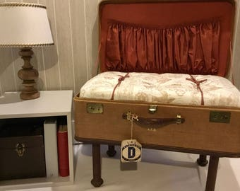 Vintage Suitcase Decorative Chair