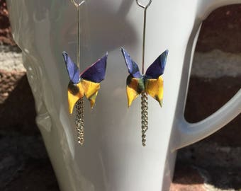 Origami butterflies blue/yellow paper with chains