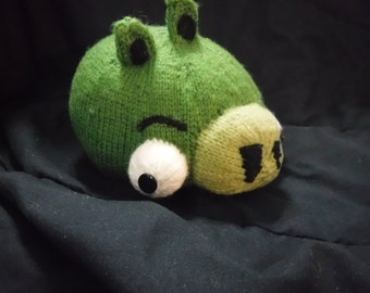 Green angry birds pig