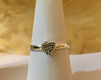 USA-FREE SHIPPING!!  Heart Sterling Silver Ring