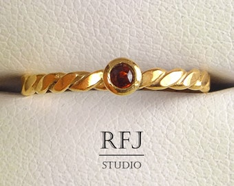 Natural Garnet Flat Rope 14 K Gold  Ring, Rose Gold Plated January Gemstone Ring, 2 mm Round Cut Red Genuine Red Garnet Rose Gold Ring