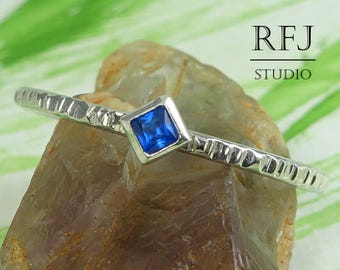 Kite Synthetic Sapphire Textured Silver Ring, September Jewelry Princess Cut 2x2 mm Blue Corund Stackable Ring Rhombus Blue Engagement Ring