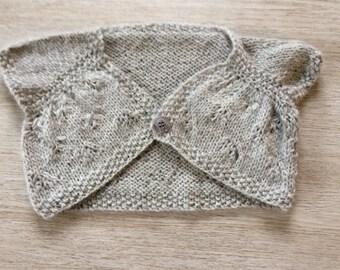 Very practical, original, Bolero girl 2 years up to 8 years. Very soft wool: Alpaca