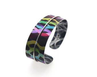 Aluminum bracelet, light weight, unique, original and colorful, handmade, multicolor with stripes