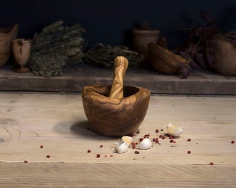 Olive Wood Pestle and Mortar (Smooth Edge)