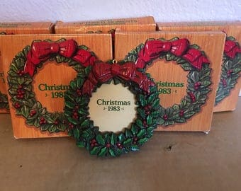 Vintage 1983 Avon Christmas Wreath Ornaments picture frames  the 1983 in removable or can be covered by picture