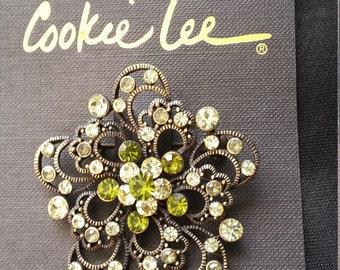 Cookie Lee brooch