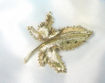 Vintage Gold Leaf Brooch, Light Gold Brooch,Leaf Brooch, Textured Brooch