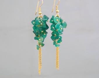 Crystal earrings, Beaded earrings, Cluster earrings, Healing crystal jewelry, Spiritual jewelry, Green Onyx earrings, Gemstone earrings