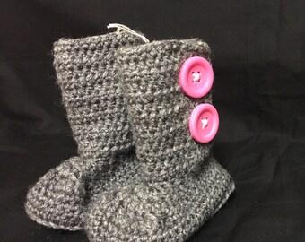 Crochet Baby Boots / 6-12 Months