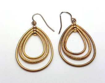 Dangle Triple Gold Tone Teardrop Hoops Drop Earrings Vintage Metal Earrings from the 90s Simple 3 Strand Earrings