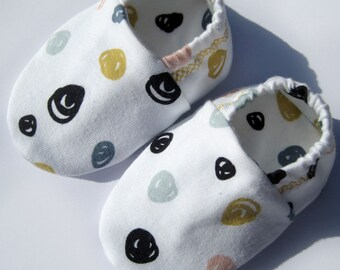 """babies & toddlers """"confetti""""--sweet baby shoes, organic cotton Jersey by elvelyckan design"""
