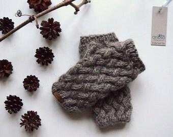 Short arm-warmers, Handmade fingerless Mittens, Wrist Warmers, Basket Mitts for Women or Teen, grey brown  fingerless