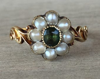 Victorian green tourmaline and split pearl cluster ring in 18k yellow gold