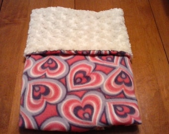 Super Soft n Cuddly baby/toddler blanket, with hearts and white fur