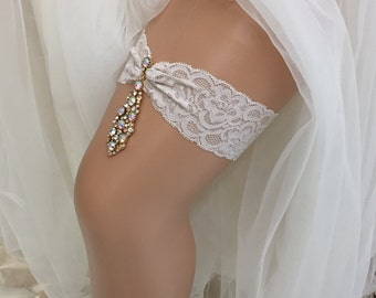 Teardrop - Glamorous Bridal Wedding Garter