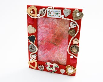 Heart-Themed Picture Frame