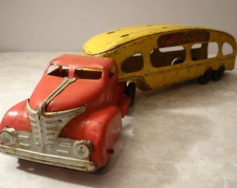 Truck - Marx - toy - toy old - pressed metal - vintage - collectible - antique - gift